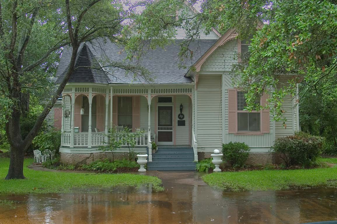 10 Ways To Make Your Apartment Comfortable In Rainy Season