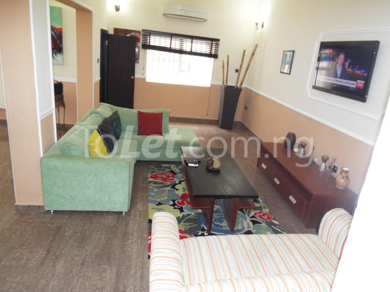 apartment for let