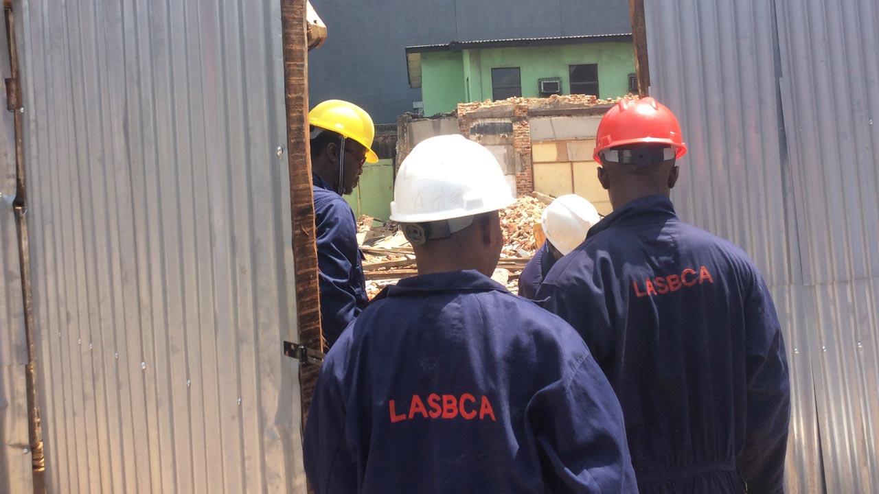 Lagos Seals Estates, Commercial properties Over Building Permit