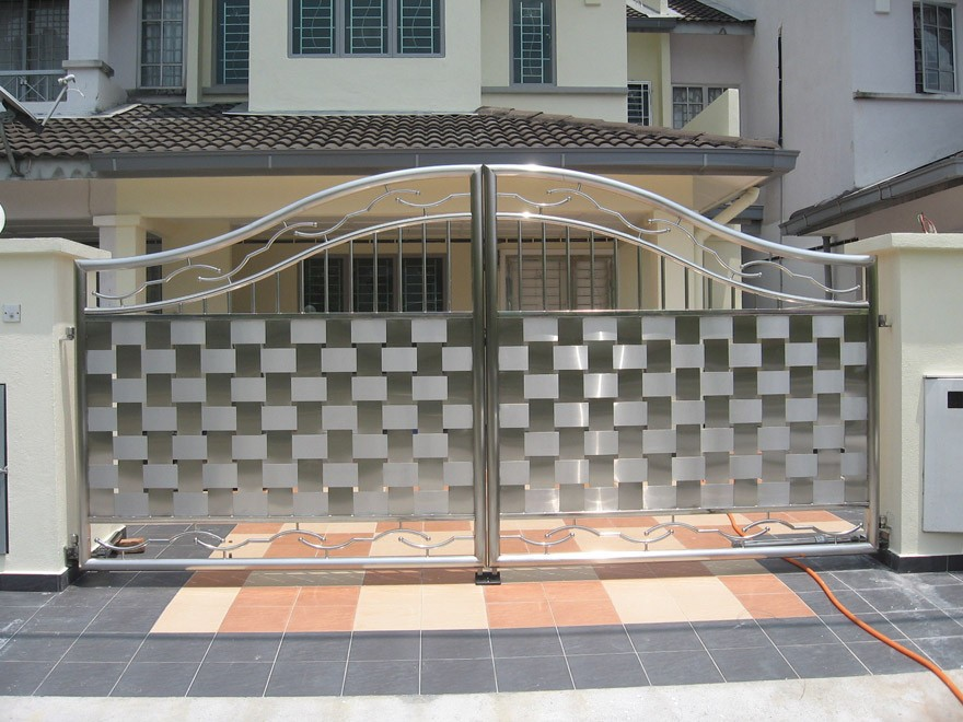 Aluminum Gate Design. 7 Best Nigerian Gate Designs   ToLet Insider