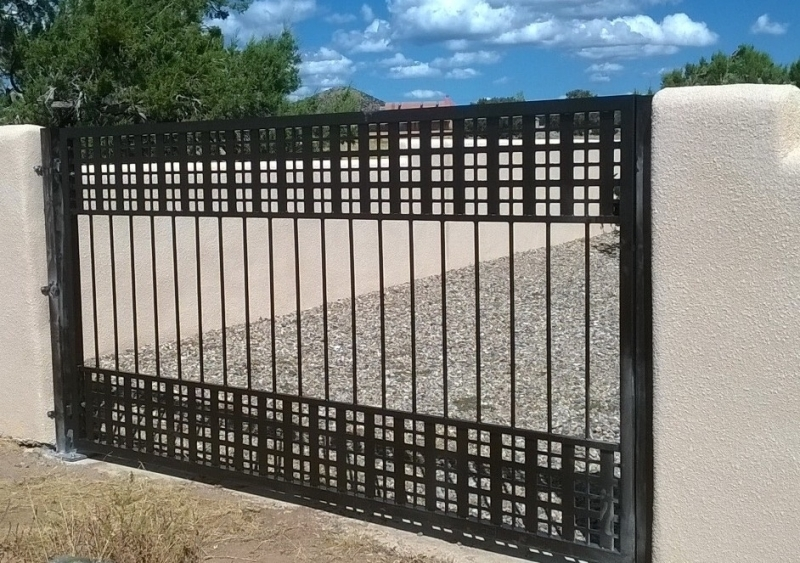 Single or Double Gate Design