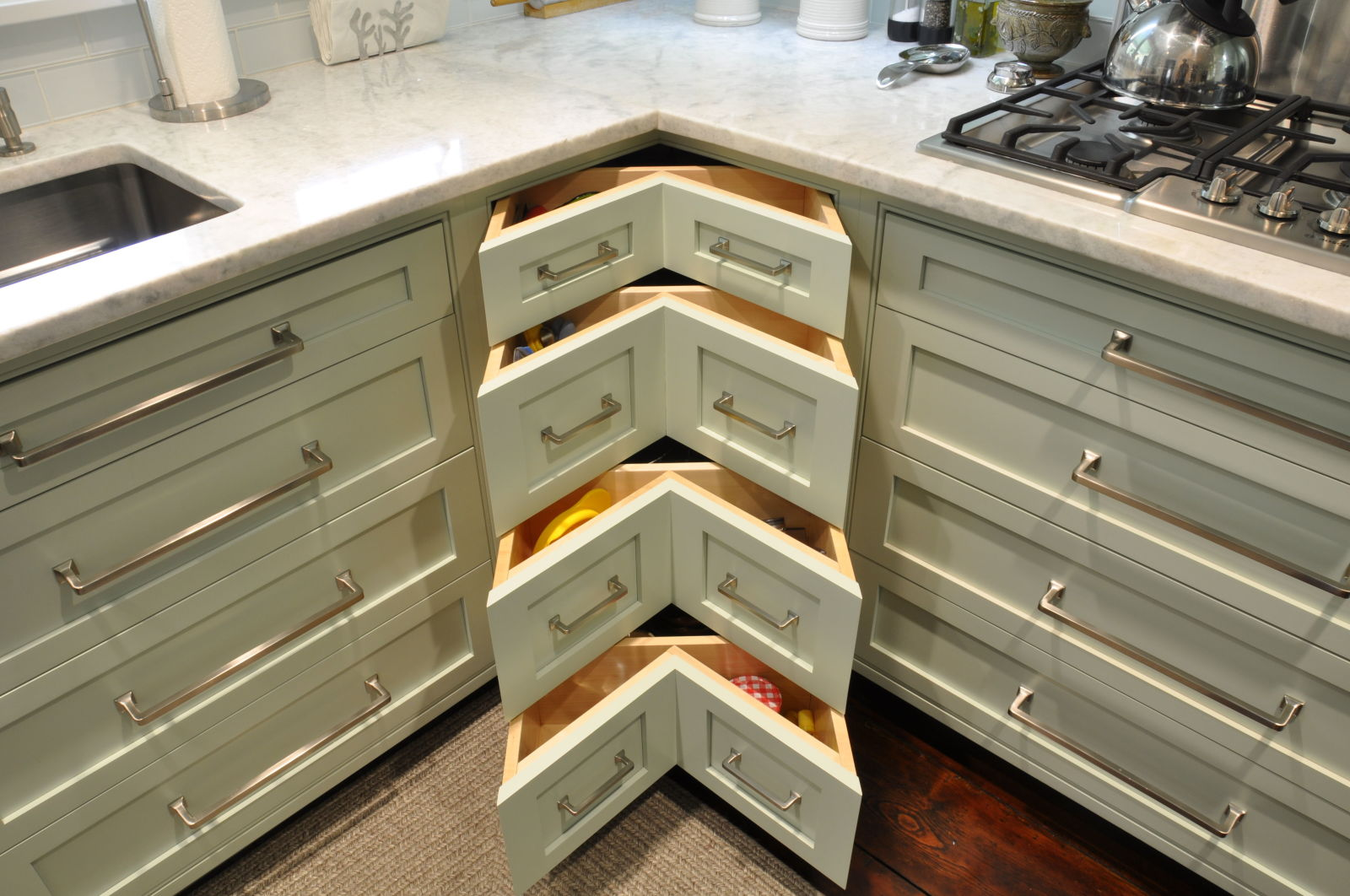Top 5 Modern Kitchen Cabinet Designs | ToLet Insider