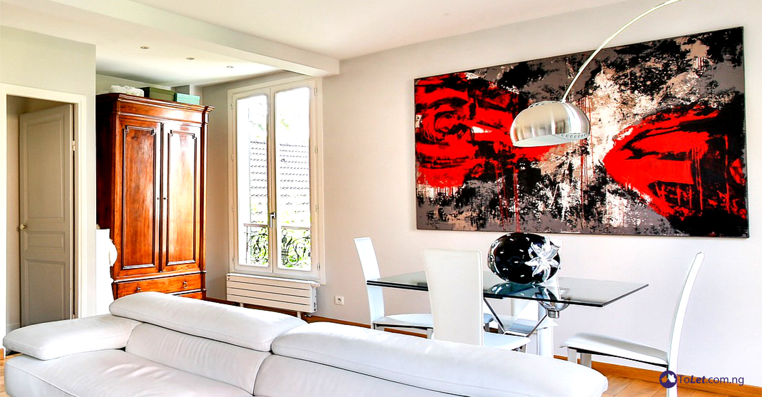 Having Bare Walls In Your Home Might Not Be The Best Thing As There Would Nothing To Catch Peoples Interest Except If Are Fabulously Painted