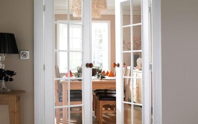 5 types of interior doors you should know tolet insider - Types doors consider home ...