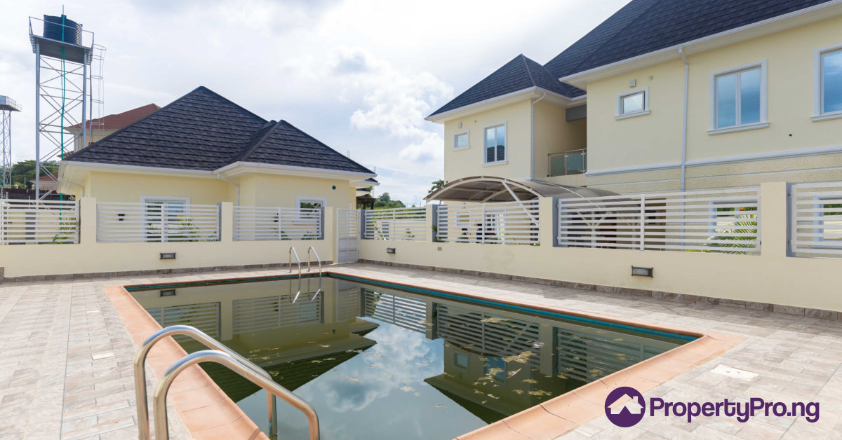 buying a luxury house in Lagos