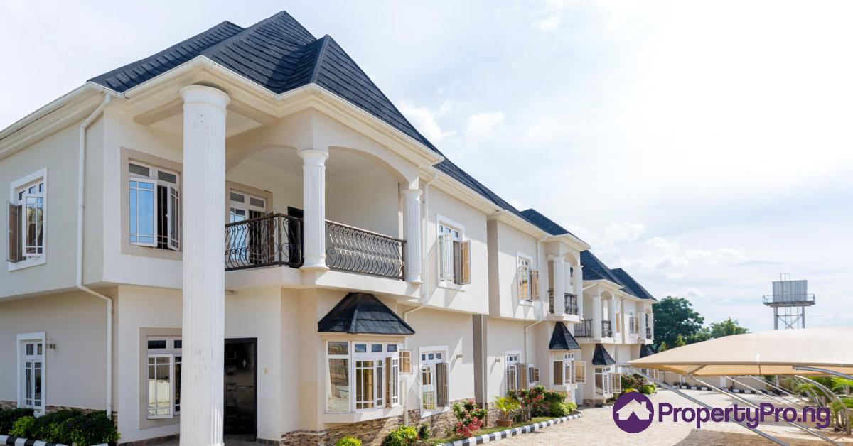 houses in Lagos, Nigeria